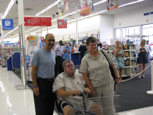 tony-and-fans-at-book-signing-at-big-kmart-in-jackson-mi